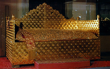 Throne of the Sultan in solid gold
